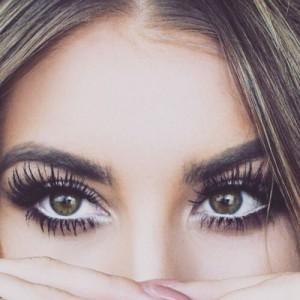 Wimperextensions tegen vermoeide ogen
